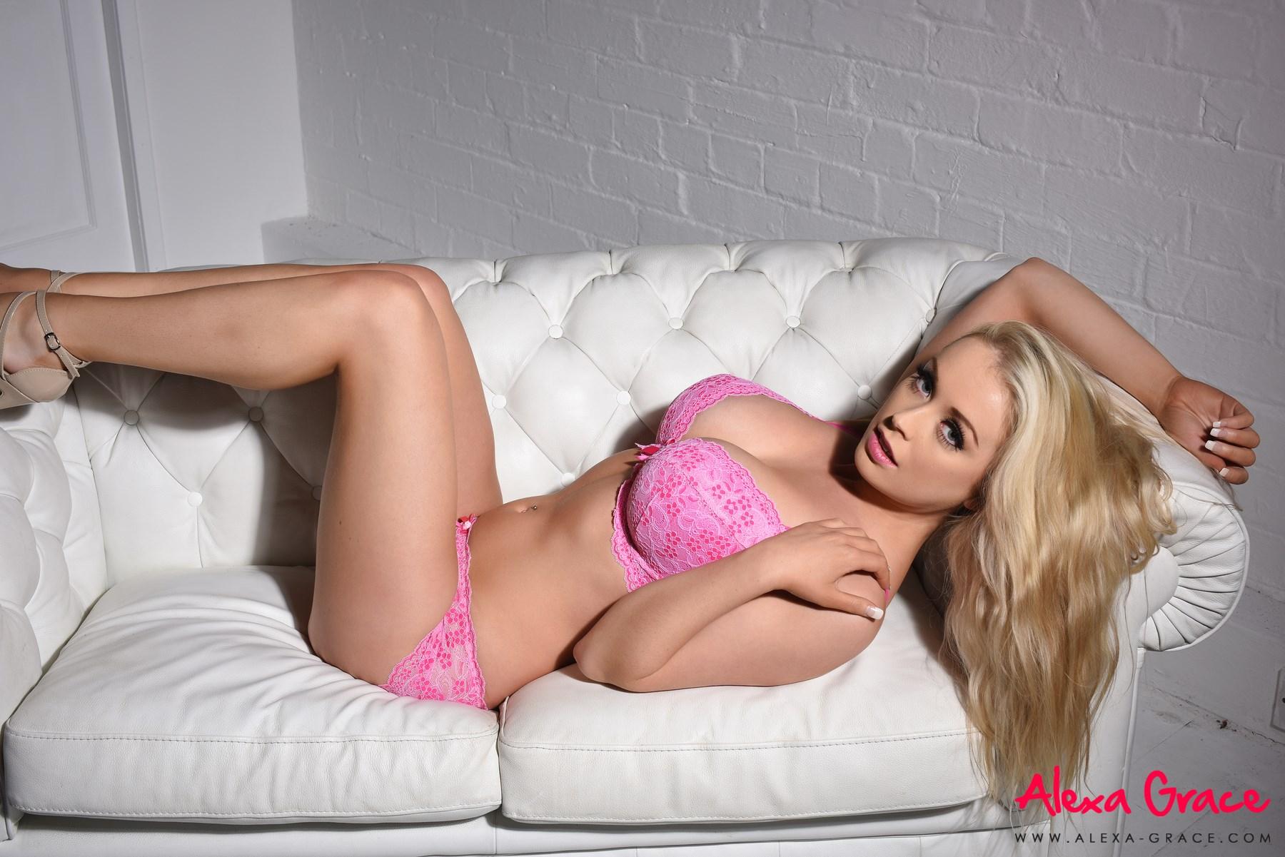 Melissa debling naked