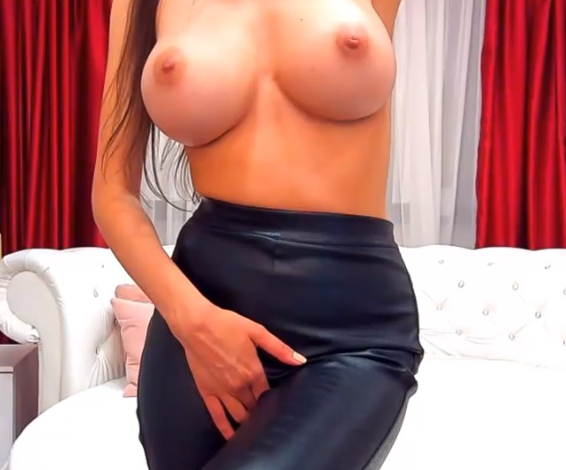 nina topless